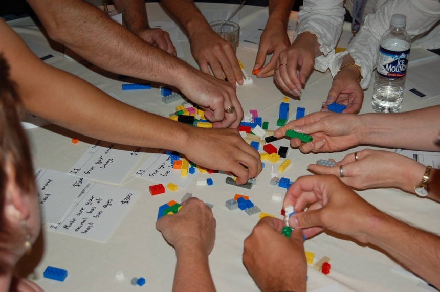 Many Hands Make Light Work, Lego XP Game